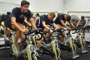 Vélo De Biking En Groupe