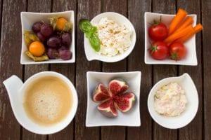 L'alimentation équilibrée Est Indispensable, Avant Et Après 40 Ans